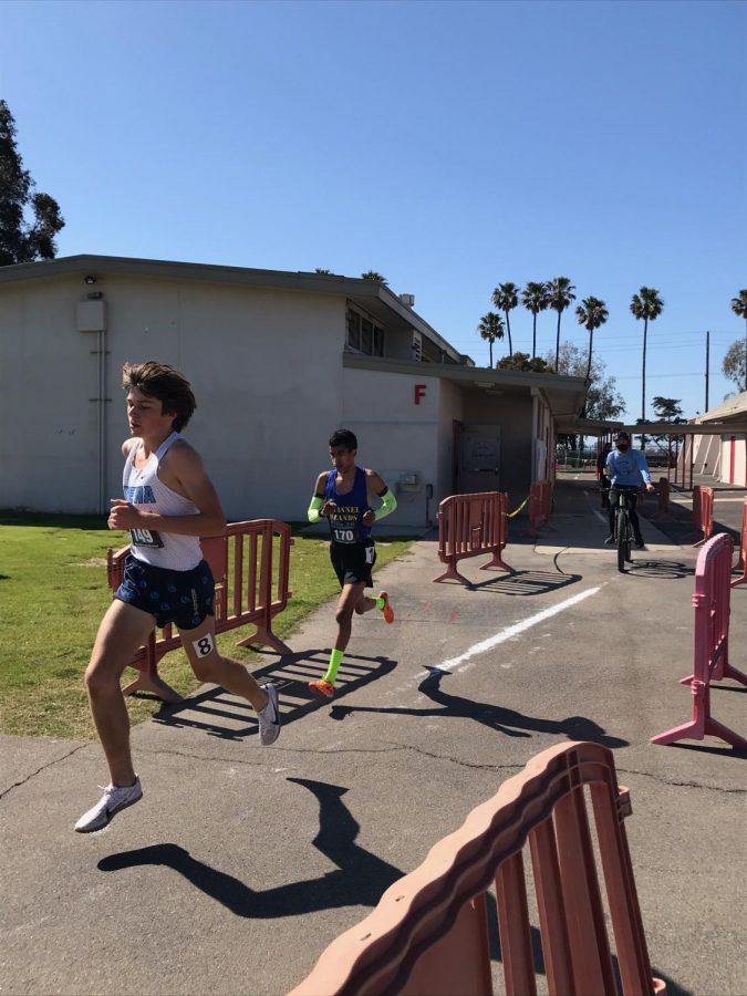 Elias Wiggins (far left), he's a runner, he's a track star.